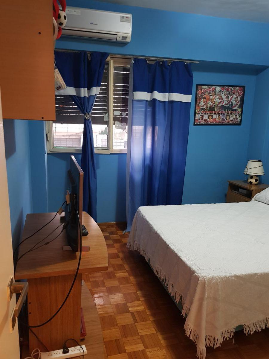 Foto Departamento en Venta en  San Telmo ,  Capital Federal  Chacabuco al 1300