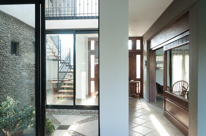 Foto Casa en Venta en  Yerba Buena,  Yerba Buena  Alt. Aconquija 3000, Pje. sin nombre