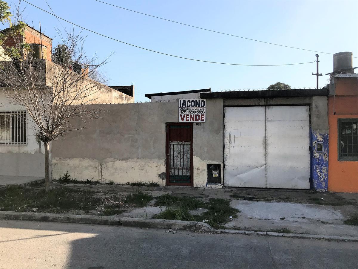 Foto Casa en Venta en  Quilmes Oeste,  Quilmes  Blanco 369 entre Rodolfo López e Int Pedro Oliveri
