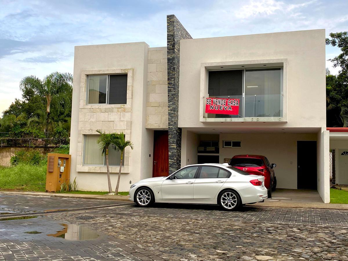 Foto Casa en Venta en  Atlacomulco,  Jiutepec  Venta de Casa tipo Minimalista en Jiutepec