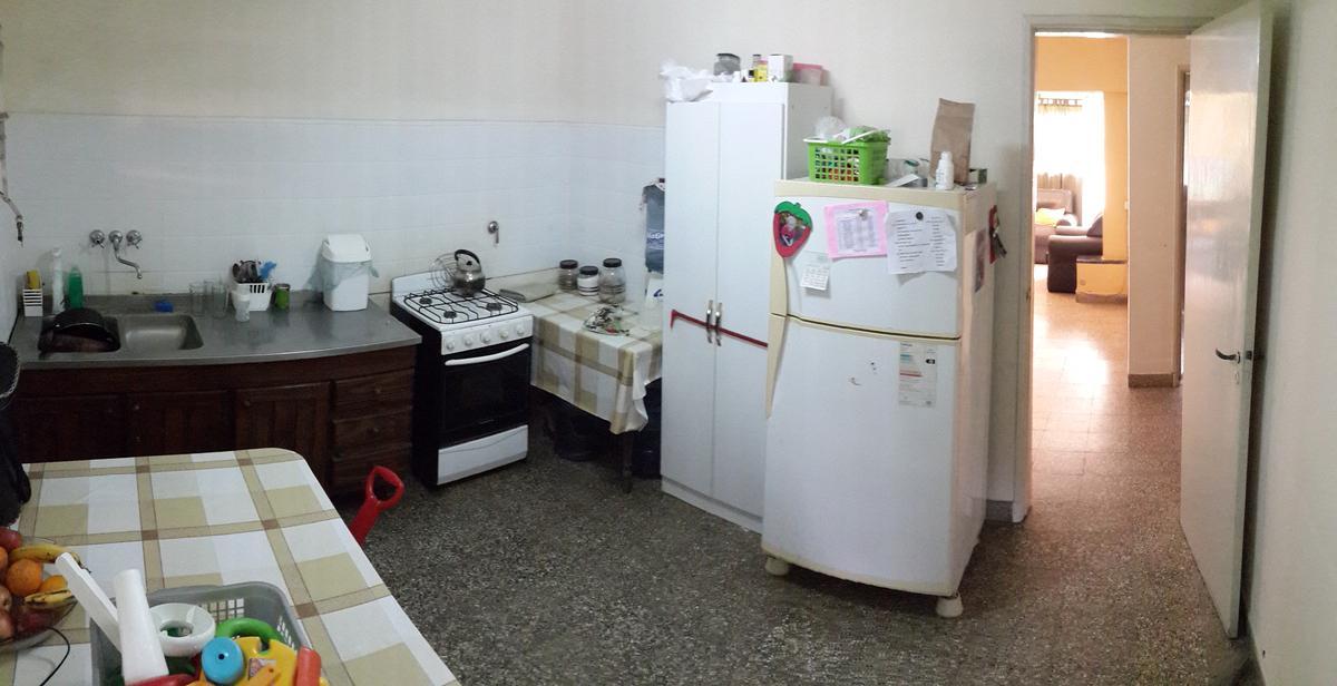 Foto Casa en Venta en  Recreo,  La Capital  Casa con todos los servicios de dos dormitorios, cochera pasante y gran patio a pasos Municipalidad de Recreo