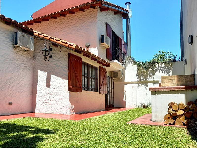 Foto Casa en Venta en  Olivos,  Vicente Lopez  Hilarion de la quintana al 4200