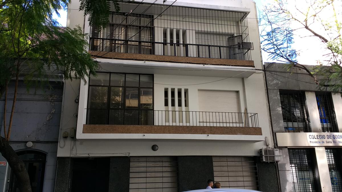 Foto Departamento en Venta en  Centro,  Rosario  2 dormitorios - 9 de Julio 1676 01-01 (alquilado)