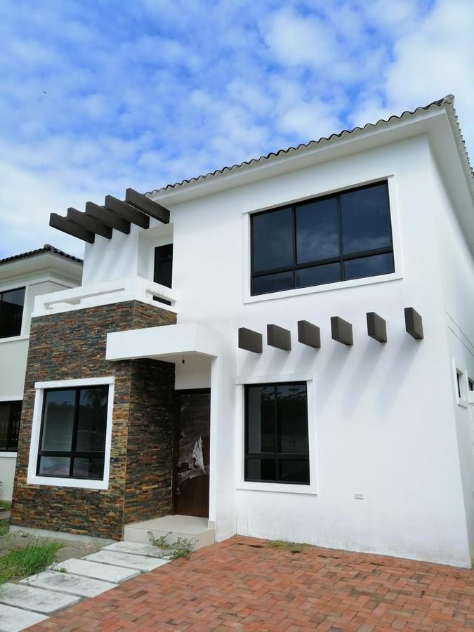 Foto Casa en Alquiler en  Vía a la Costa,  Guayaquil  Punta Esmeralda km 13 alquilo casa