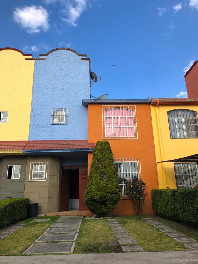 Foto Casa en condominio en Renta en  San Pedro Totoltepec,  Toluca  Casa en Renta, Fraccionamiento La Galia, Toluca