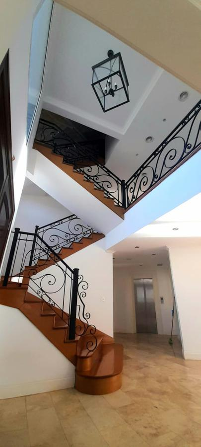 Foto Casa en Alquiler en  Pilar ,  G.B.A. Zona Norte  Excelente casa en alquiler en  Ayres del Pilar 5 dorms con ascensor y piscina. Panam. Ruta 8. Km 50.