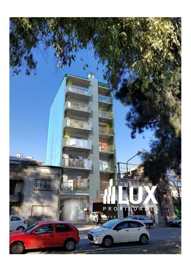 Departamento un dormitorio con parrilla balcón construcción Moreno 2300 - Abasto
