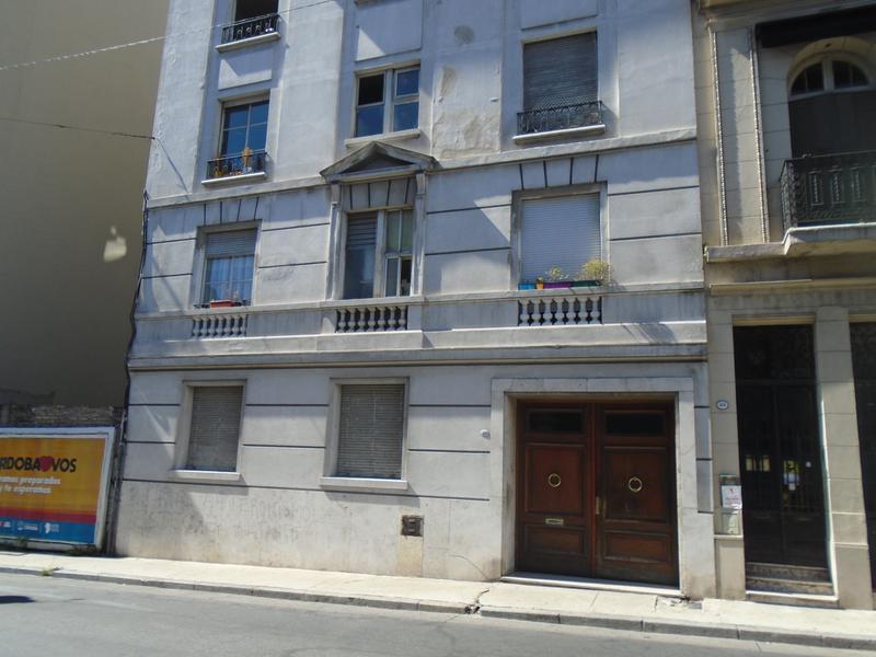 Foto Departamento en Alquiler en  San Telmo ,  Capital Federal  Venezuela al 900
