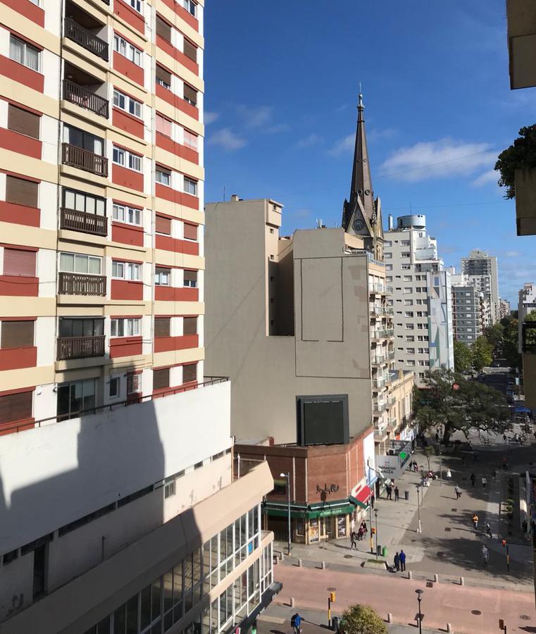 Foto Departamento en Venta en  Centro,  Mar Del Plata  San Martín al 2600