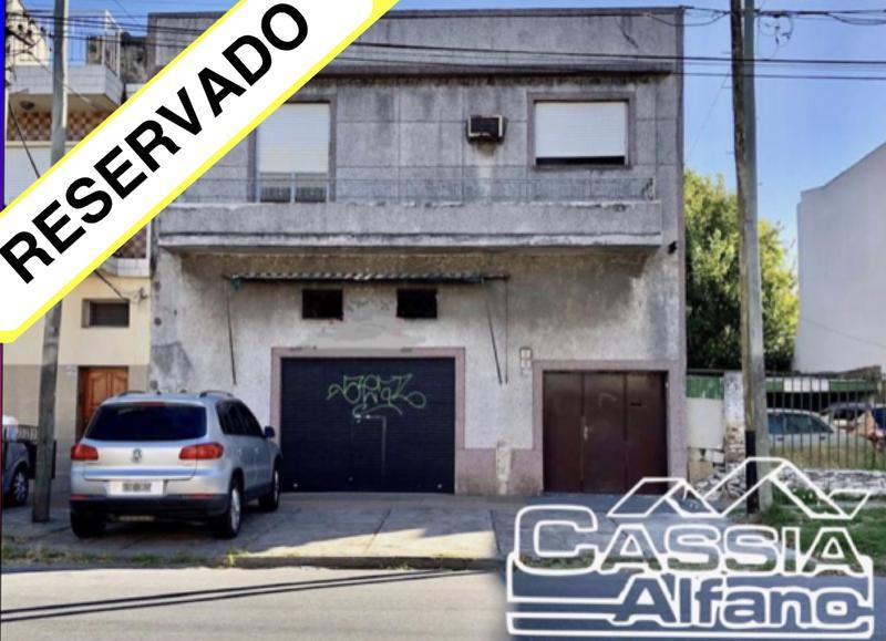 Foto PH en Alquiler en  Lanús Oeste,  Lanús  PEDRERA 1440