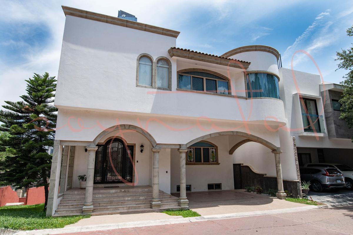 Foto Casa en Venta en  Privanzas,  San Pedro Garza Garcia  Privanzas