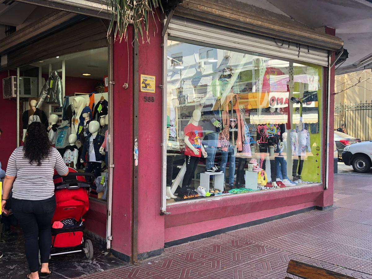 Foto Local en Venta en  San Fernando ,  G.B.A. Zona Norte  Constitucion 588 (venta fondo de comercio)