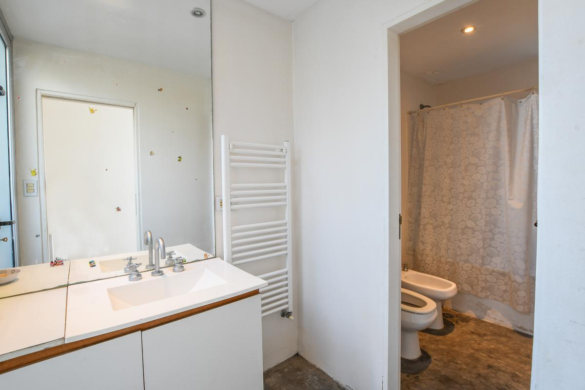 Casa de 4 dormitorios en venta en barrio cerrado Aldea Fisherton