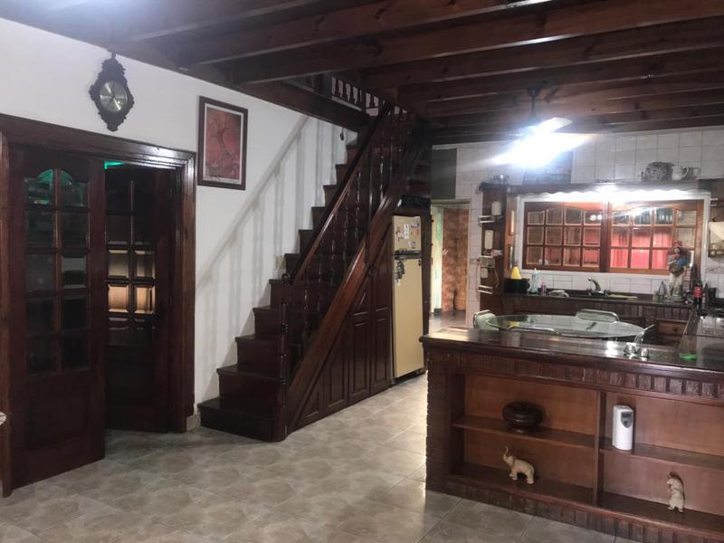 Foto Casa en Venta en  Moron Sur,  Moron  Curupayti al 1400
