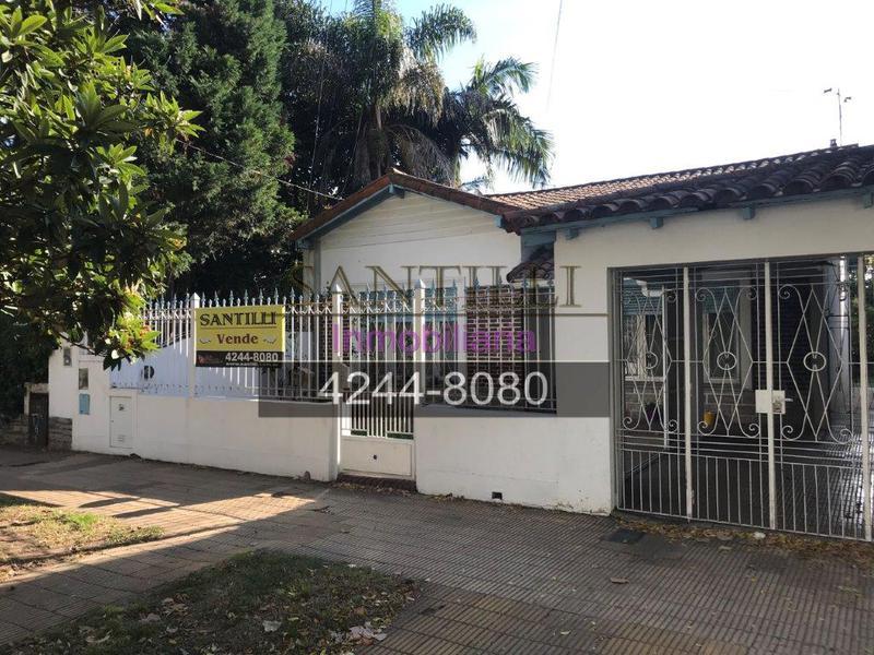 Foto Casa en Venta en  Lomas de Zamora Oeste,  Lomas De Zamora  BOEDO 971