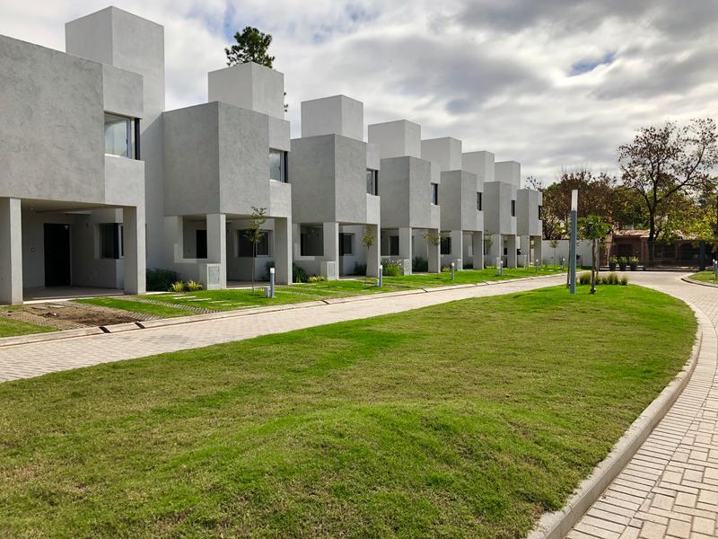 Foto PH en Alquiler en  Inaudi,  Cordoba  Casas de Inaudi - Duplex 3 dormitorios!