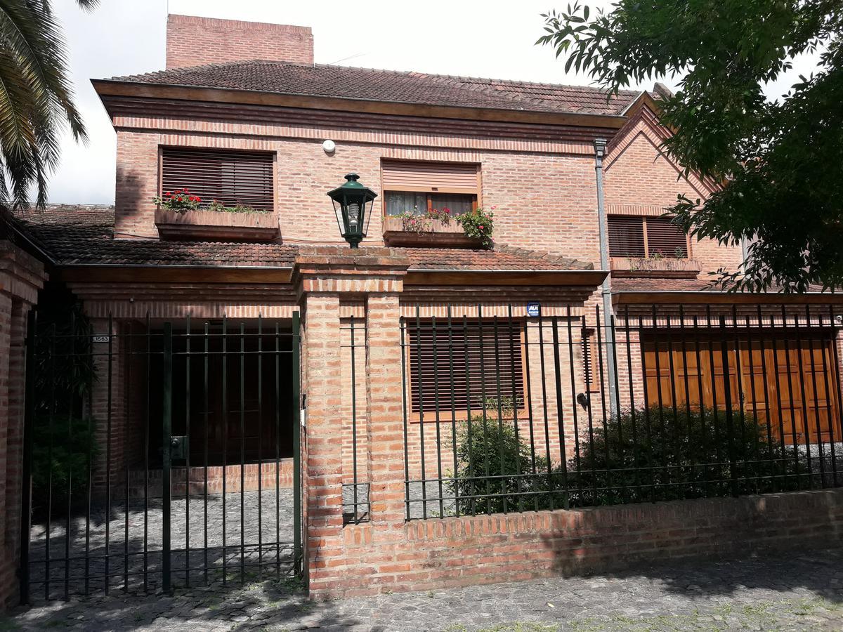 Foto Casa en Venta en  Mart.-Santa Fe/Fleming,  Martinez  Necochea al 1500