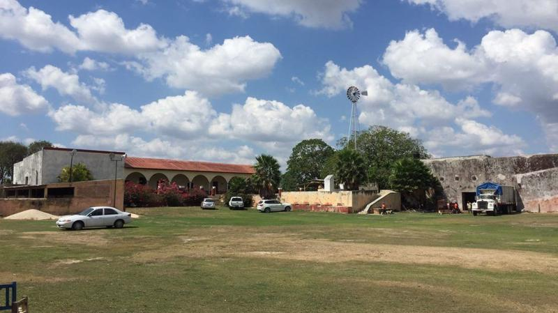 Foto Quinta en Venta en  Hacienda Hubila,  Tixkokob  Rancho con casco de Hacienda