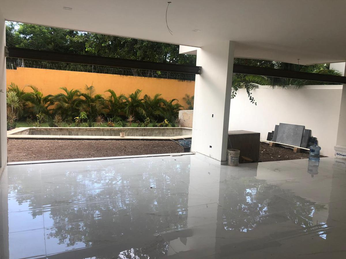 Foto Casa en Venta en  Lagos del Sol,  Cancún  CASA EN VENTA EN CANCUN EN LAGOS DEL SOL
