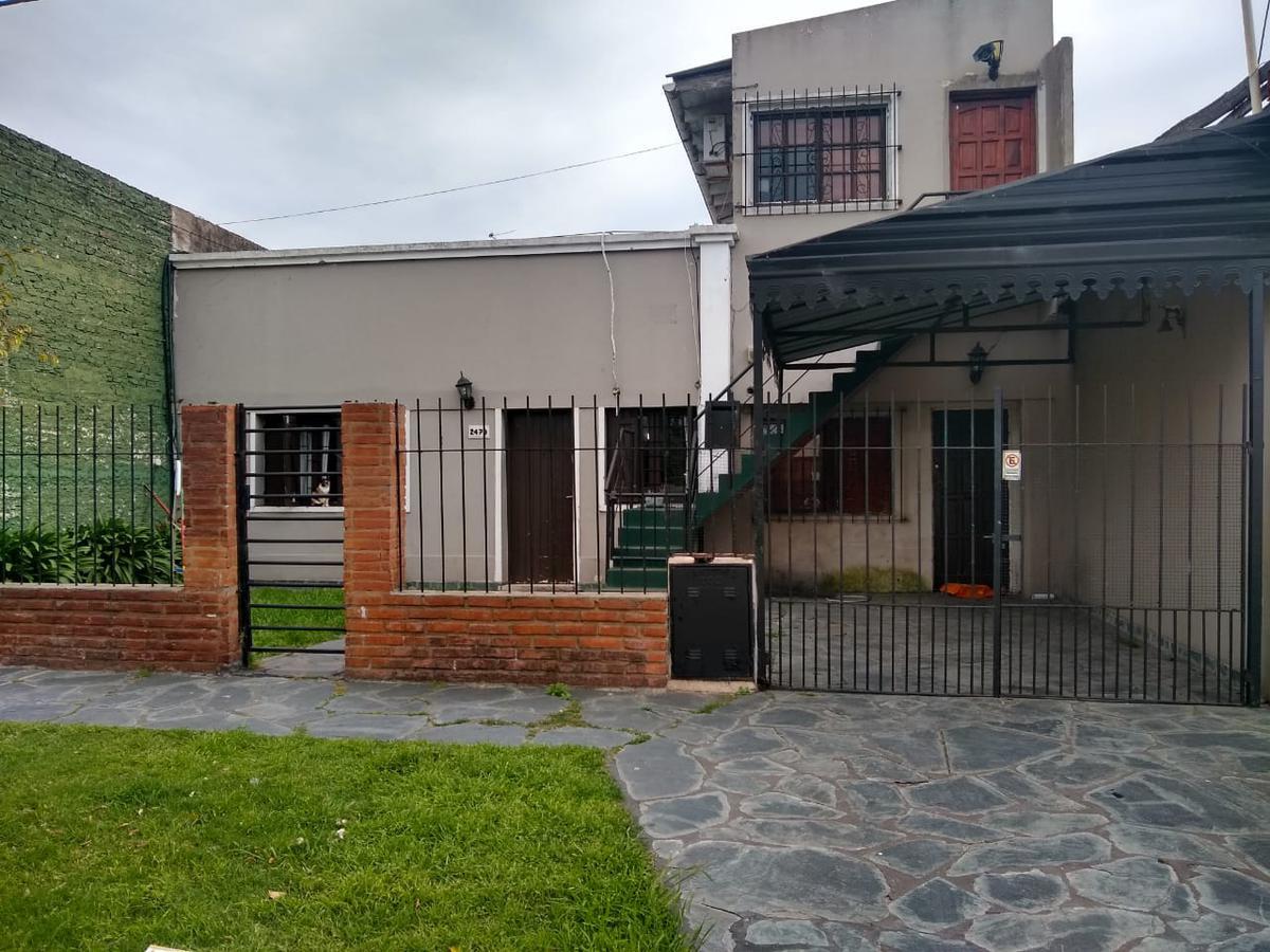 Foto Casa en Venta en  Tolosa,  La Plata  529    e/19 y 20