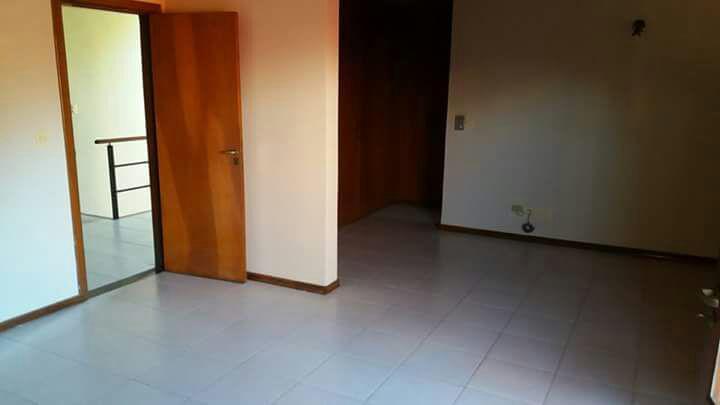 Foto Casa en Alquiler en  Mburucuya,  Santisima Trinidad  Zona Casa Rica