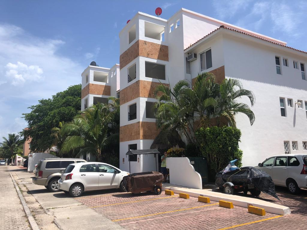 Foto Departamento en Renta | Venta en  Fraccionamiento Playacar Fase II,  Solidaridad  Departamento 2 Recamaras La Concha Playacar en Venta