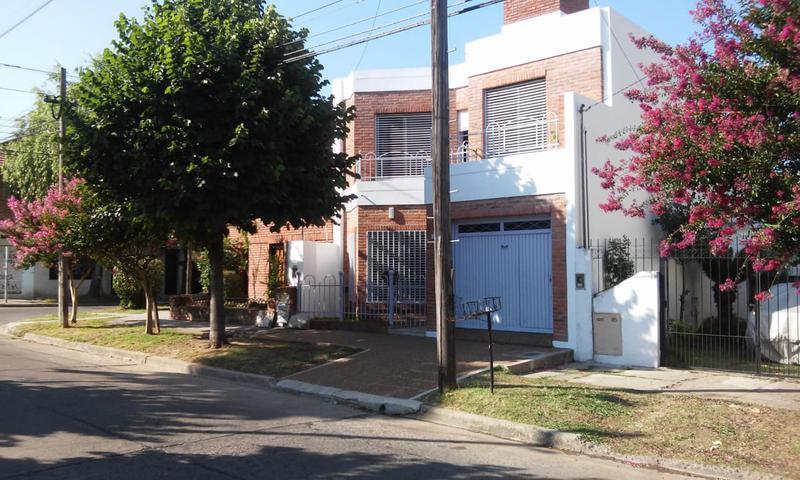 Foto Casa en Venta en  Villa Ballester,  General San Martin  San Pedro al 5600