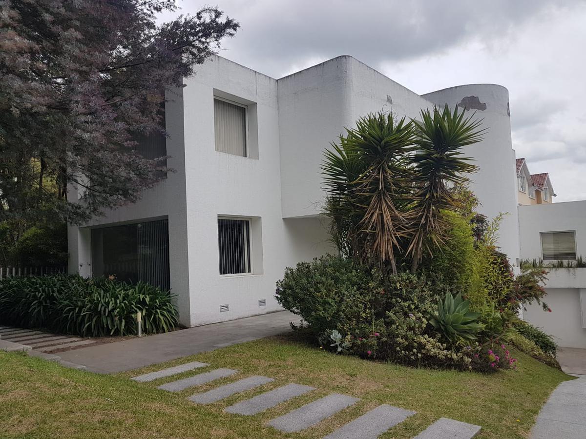 Foto Casa en Alquiler en  El Condado,  Quito  El Condado