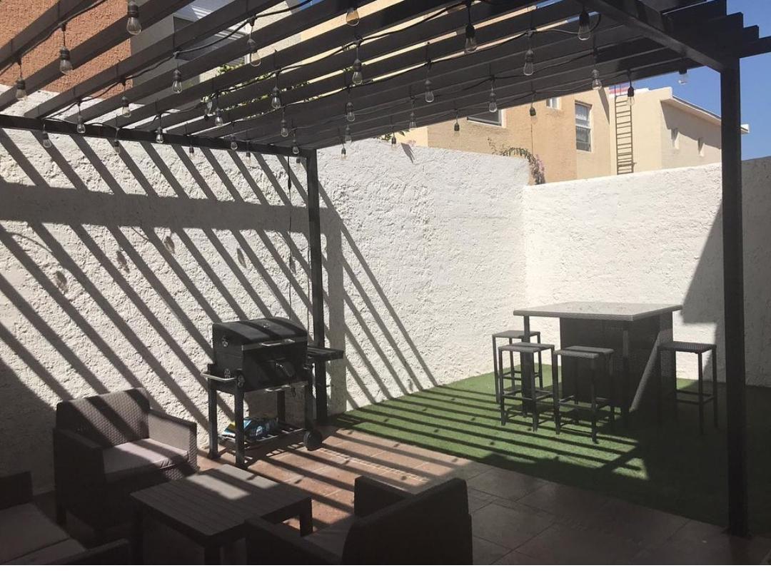 Foto Casa en Venta en  Chihuahua ,  Chihuahua  CERRADA BAENAS, ZONA RELIZ,FRENTE A PARQUE, EQUIPADA.