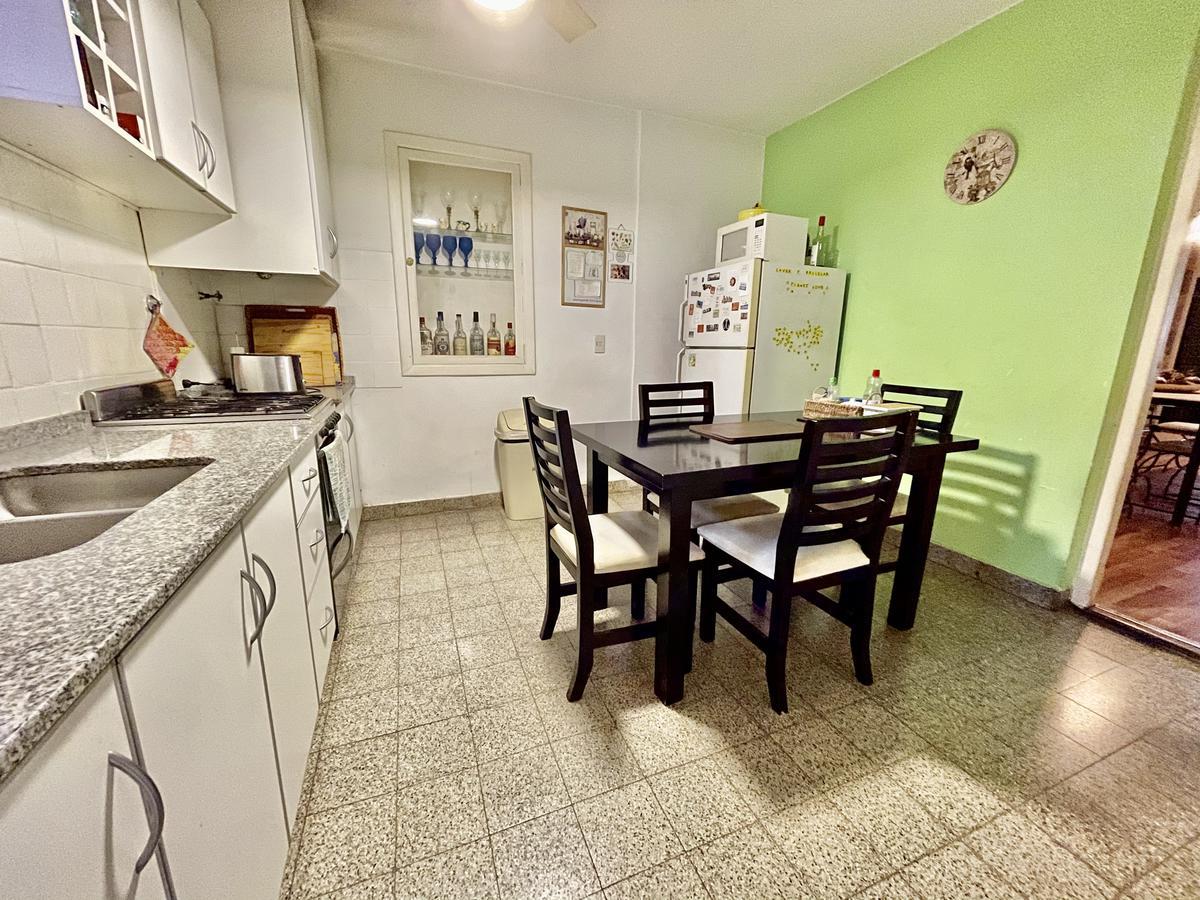 Foto Casa en Venta en  Martinez,  San Isidro  Pasteur al 1100
