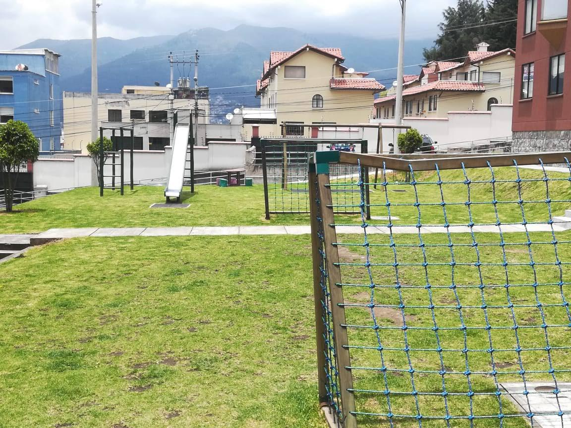 Foto Departamento en Alquiler en  Quito ,  Pichincha  Dep. amoblado Amagasí - San Isidro C.S