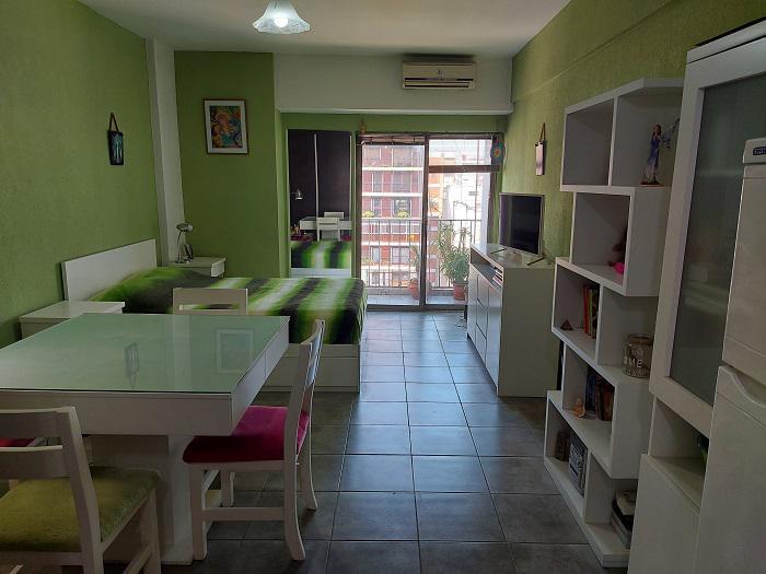 Foto Departamento en Venta en  Recoleta ,  Capital Federal  SANTA FE 1270 12º PISO