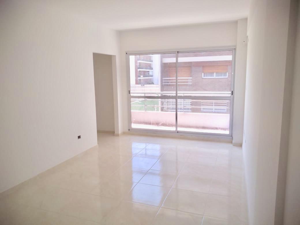 Foto Departamento en Venta en  Caballito ,  Capital Federal  Valle al 100 4º A