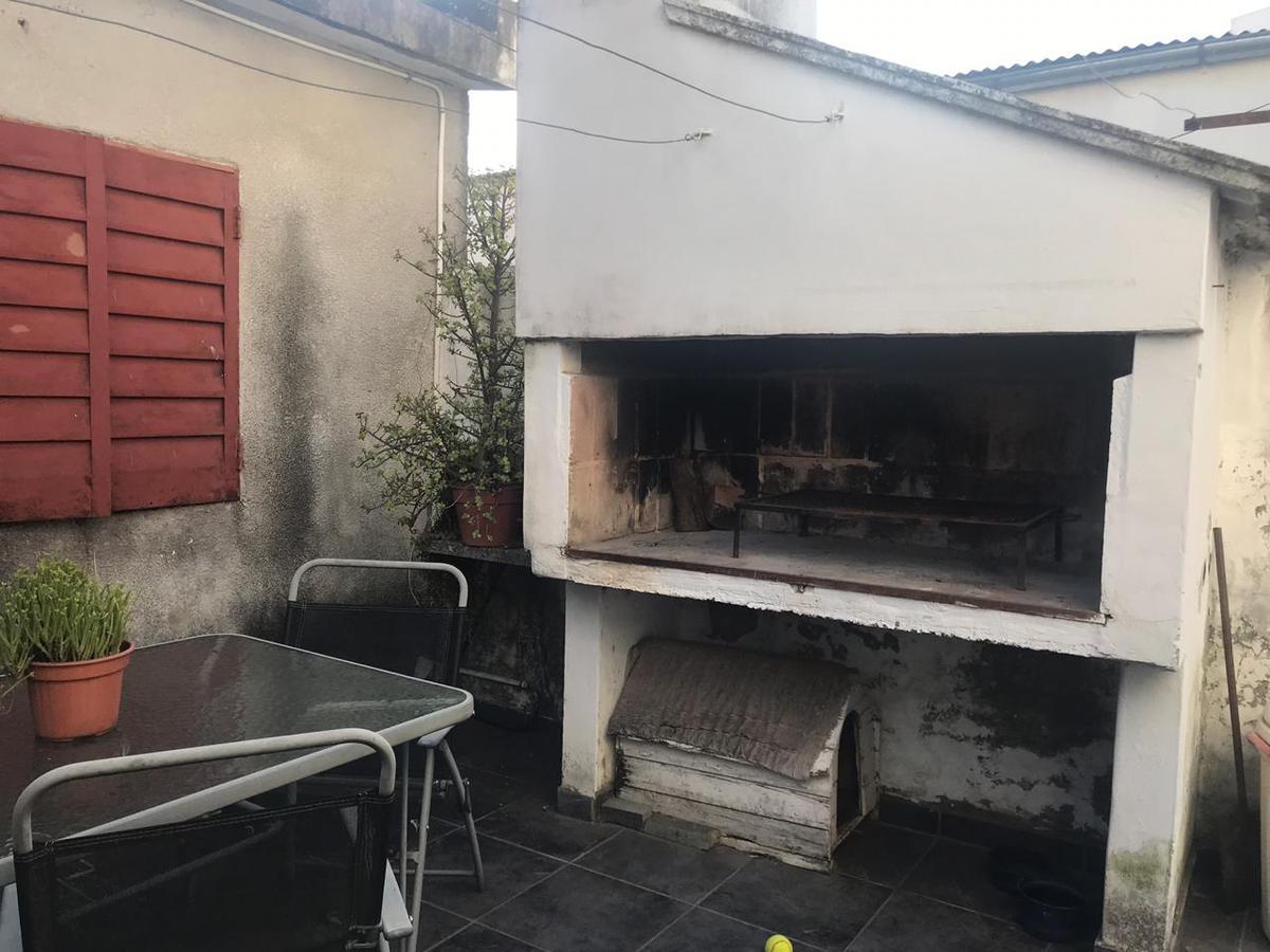 Foto Casa en Venta en  Junin,  Junin  Arenales  341