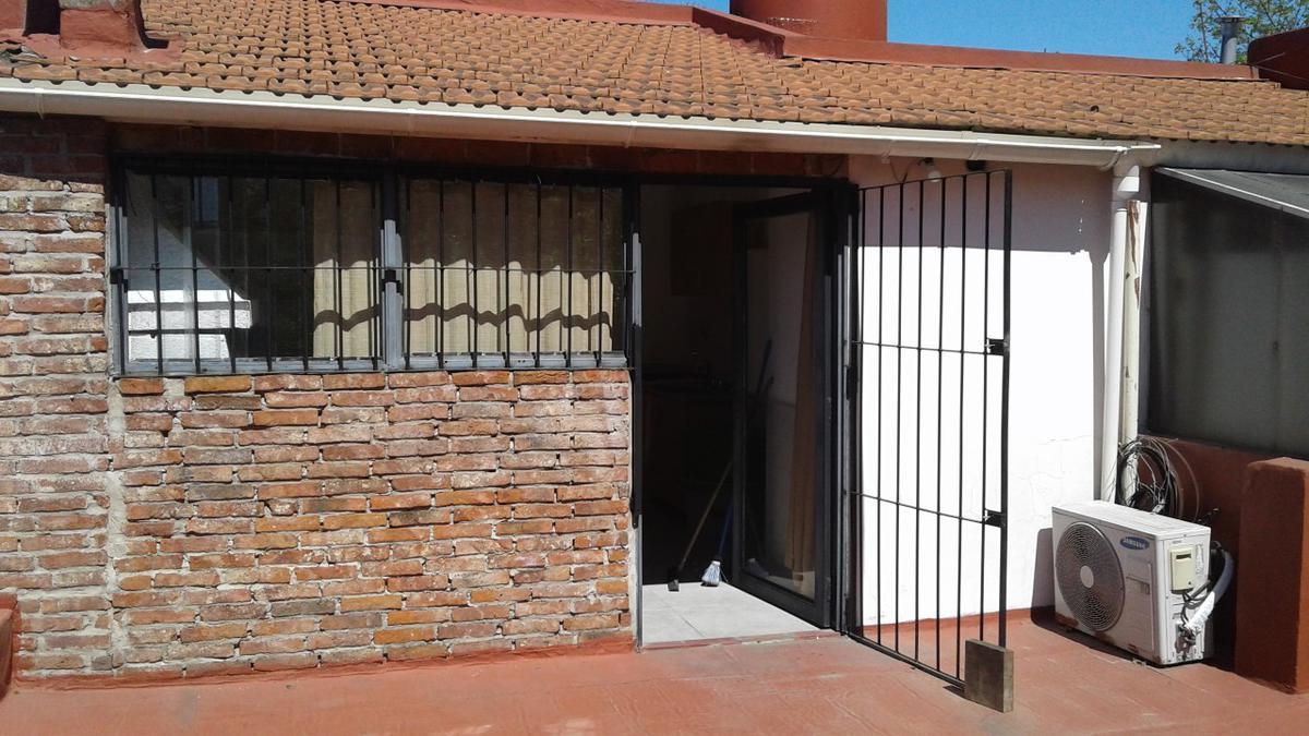 Foto Casa en Venta en  Villa Luro ,  Capital Federal  Villa Luro