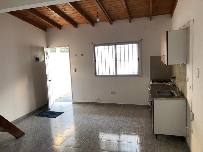 Foto PH en Alquiler en  Ezeiza ,  G.B.A. Zona Sur  FRENCH 1057 EZEIZA