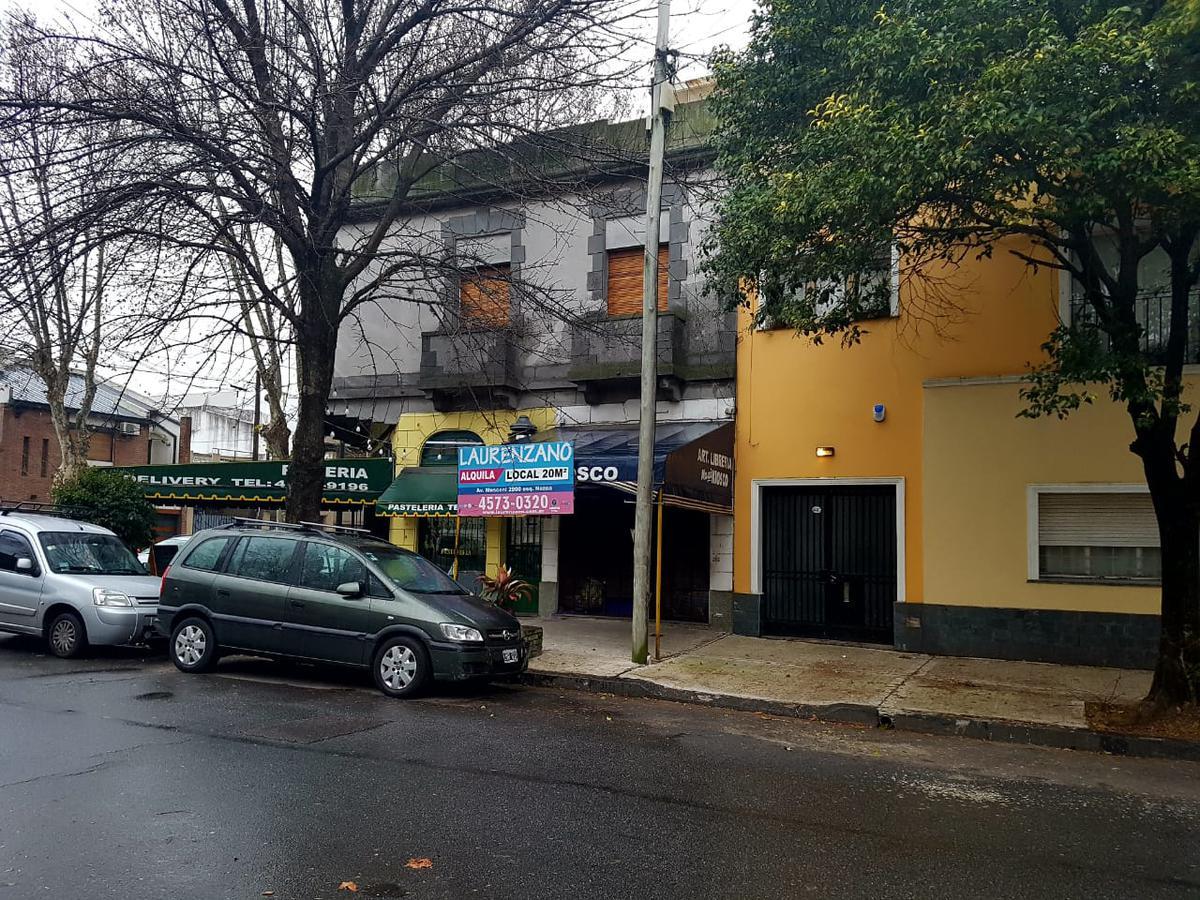 Foto Local en Alquiler en  Villa Devoto ,  Capital Federal  Gabriela Mistral al 4200