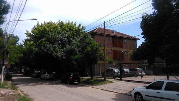 Foto Departamento en Venta en  Ezeiza ,  G.B.A. Zona Sur  Emilio Mitre 246 T:9 Dto: 12