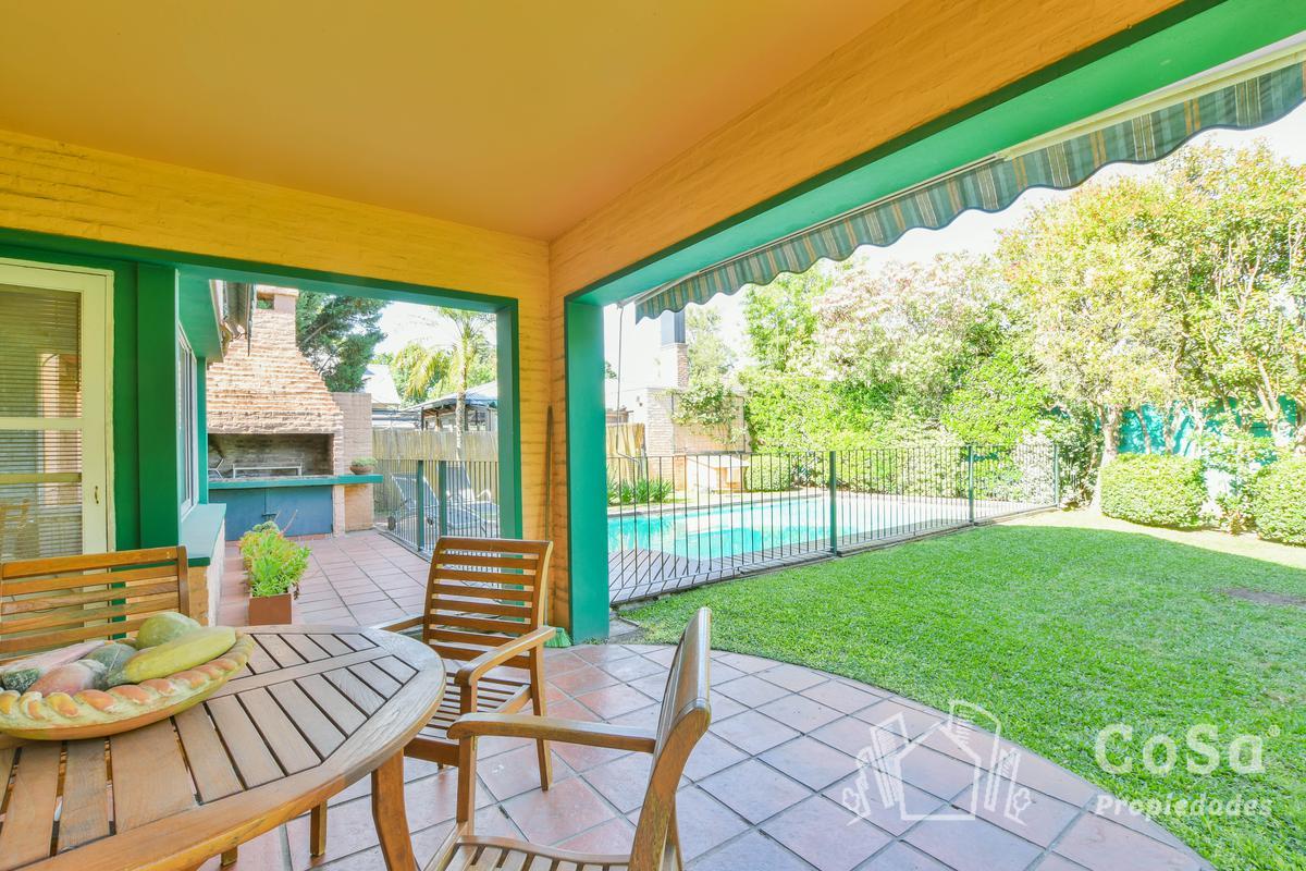 Foto Casa en Venta en  Carlos Pellegrini,  Aldea Fisherton  Country Carlos Pellegrini