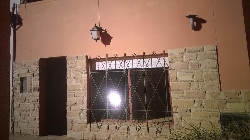 Foto Casa en Venta en  San Antonio Oeste,  San Antonio  CASA-MONOHAMBIENTE Y GALPON EN S.A.OESTE