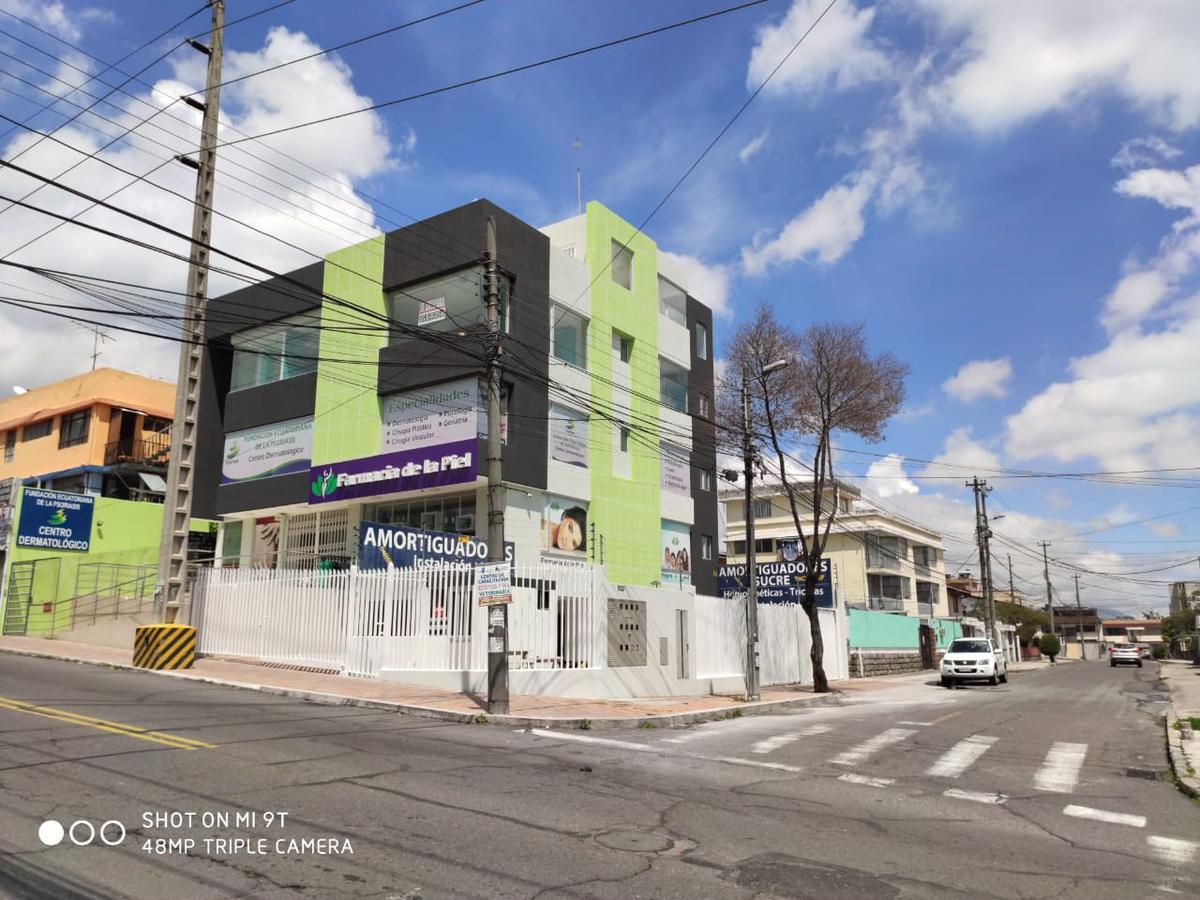 Foto Departamento en Alquiler en  Centro Norte,  Quito  ReNtO OFICINA 185 M2 POR CENTRO NORTE - LA MAÑOSCA