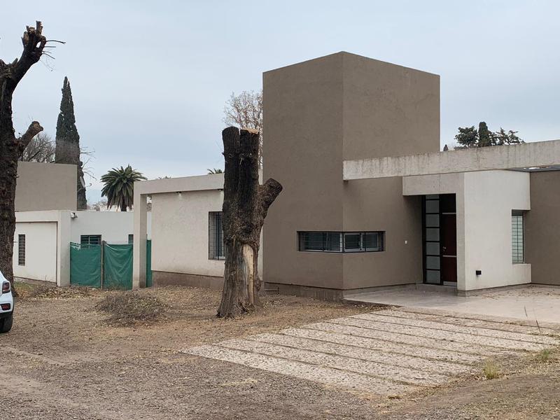 Foto Casa en Venta en  Villa Rivera Indarte,  Cordoba  Altos de la River| Chamico  9200