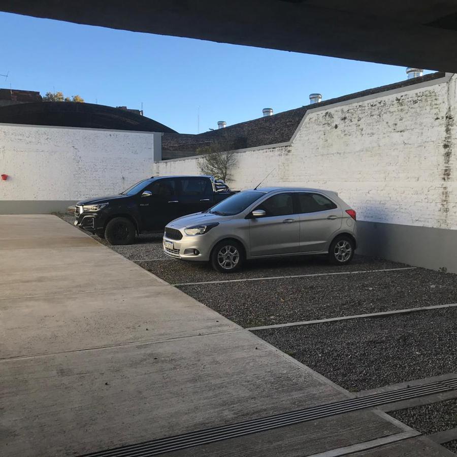 Foto Departamento en Venta en  Tigre ,  G.B.A. Zona Norte  ITALIA al 200