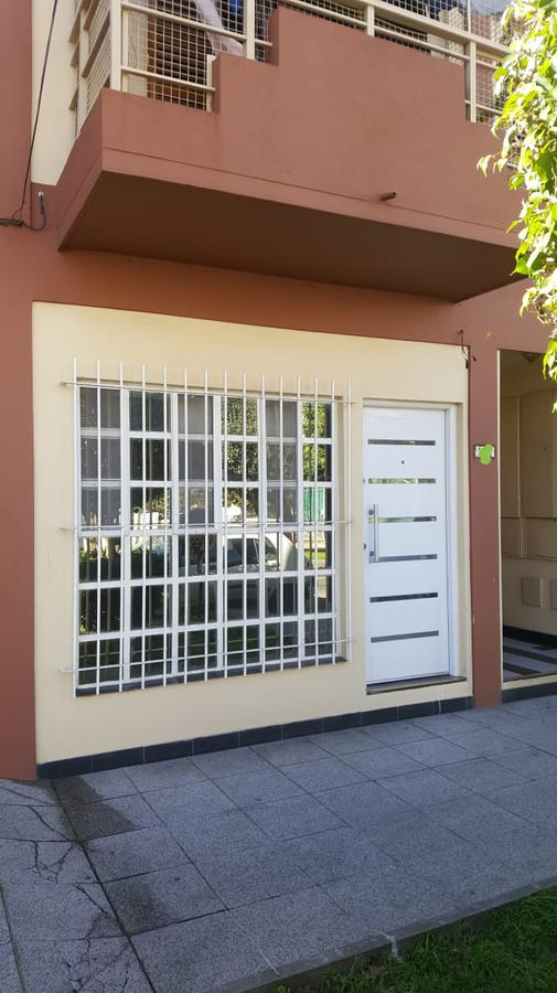 Foto Oficina en Venta en  Wilde,  Avellaneda  EMILIO ZOLA al 6000
