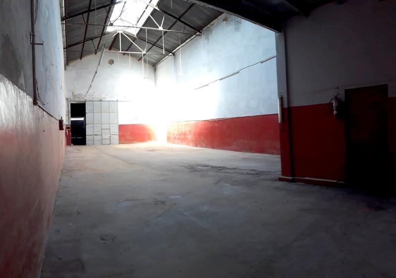 Foto Galpón en Venta en  Pompeya ,  Capital Federal  Del Tigre al 3800