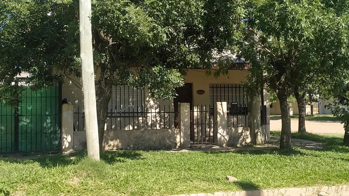 Foto Casa en Venta en  Concordia ,  Entre Rios  CJAL. VEIGA al 2300