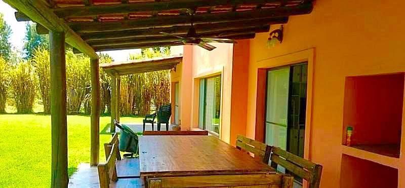 Foto Casa en  en  Villanueva,  Countries/B.Cerrado  Temporal 4 amb. Piscina cercada, coch cubierta, seg 24hs