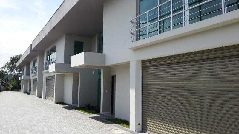 Foto Casa en condominio en Renta en  Escazu,  Escazu  Jaboncillo / Moderno / Iluminado