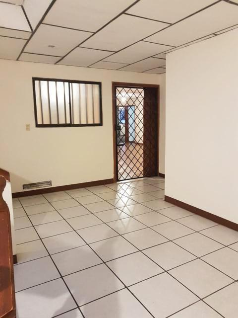 Foto Departamento en Venta en  Oeste,  Cuenca  Av. de las Américas