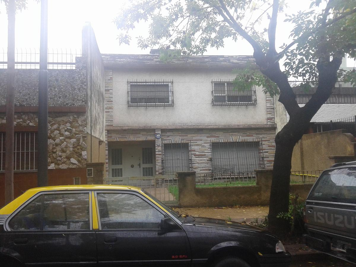 Foto Terreno en Venta |  en  Villa Pueyrredon ,  Capital Federal  Juan M Larsen al 2900